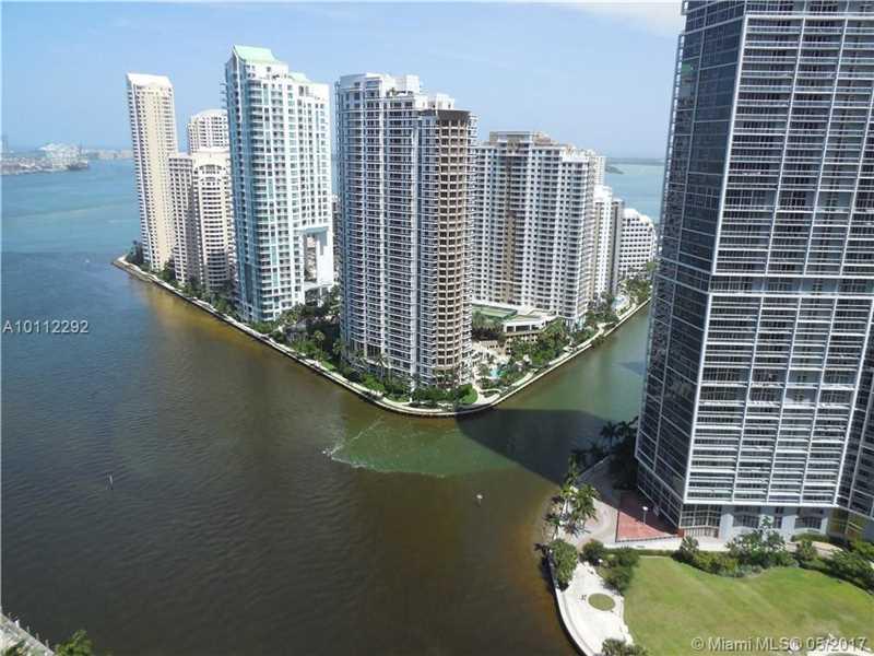 200 Biscayne Boulevard W 3303, Miami, FL 33131