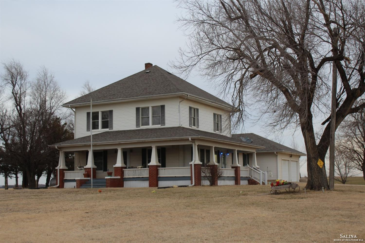 8181 S Whitmore Road, Gypsum, KS 67448