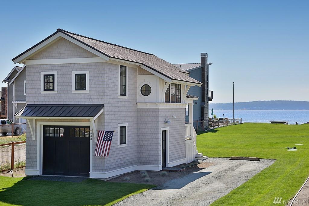 1948 Shore Ave, Freeland, WA 98249