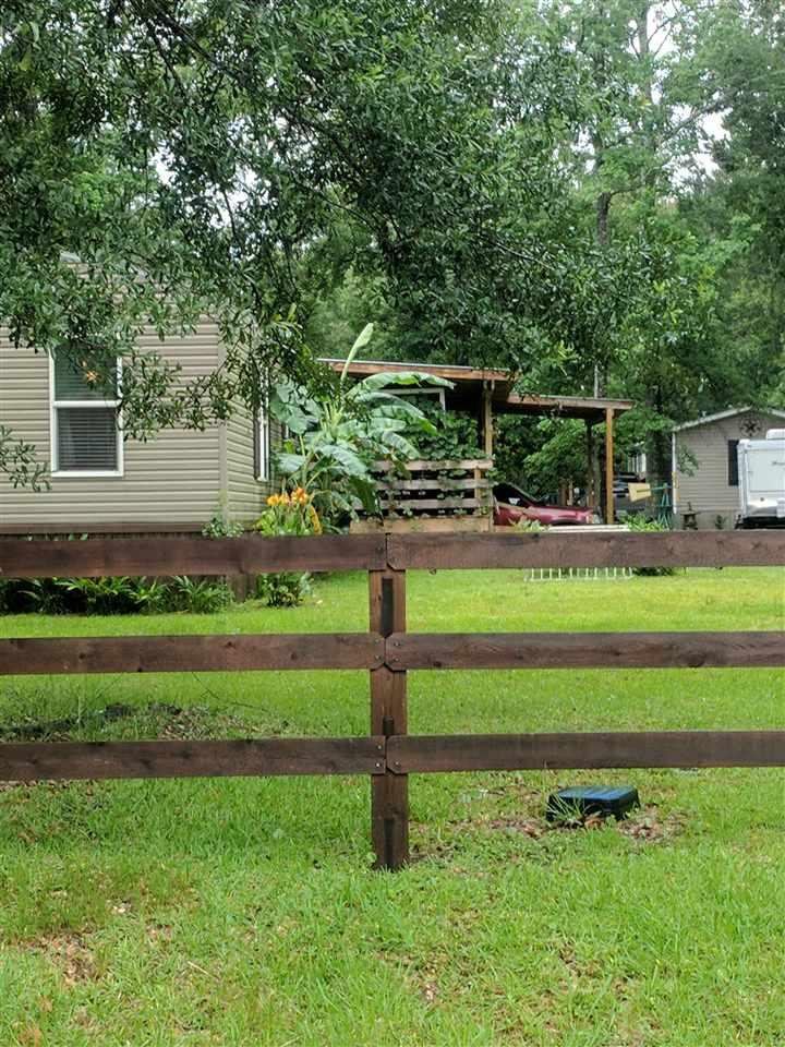 6722 Royal Oaks Circle, Orange, TX 77632