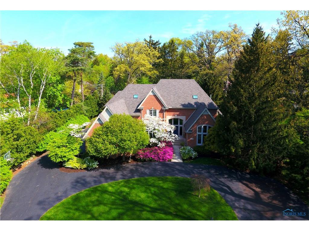 4436 Miner Road, Ottawa Hills, OH 43615