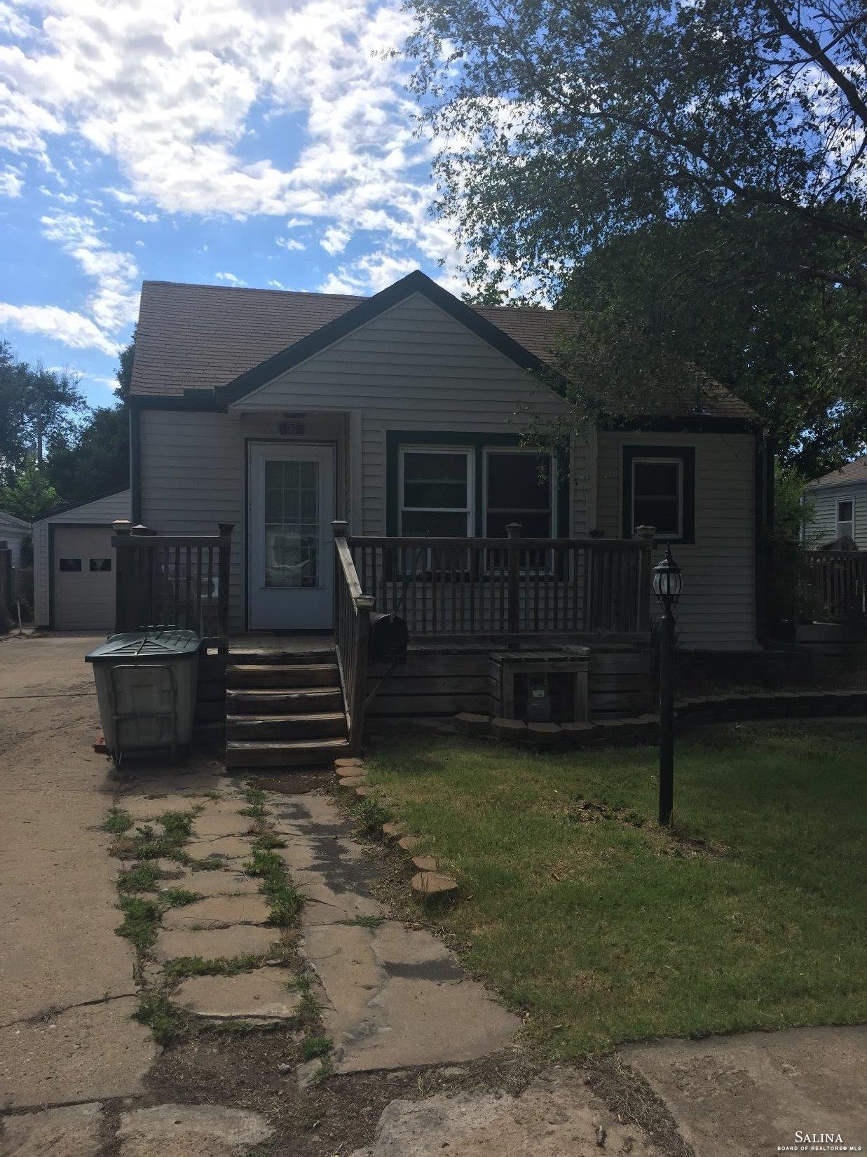 361 N Kansas Avenue, Salina, KS 67401
