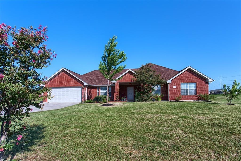 809 Fairview Circle, Krugerville, TX 76227
