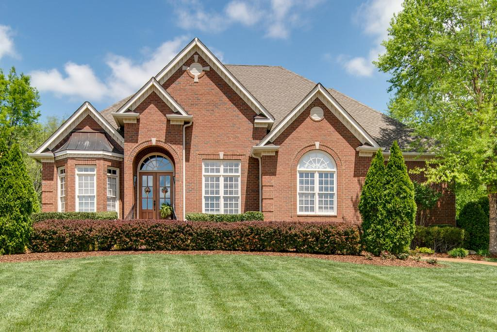 800 Legends Glen Ct, Franklin, TN 37069