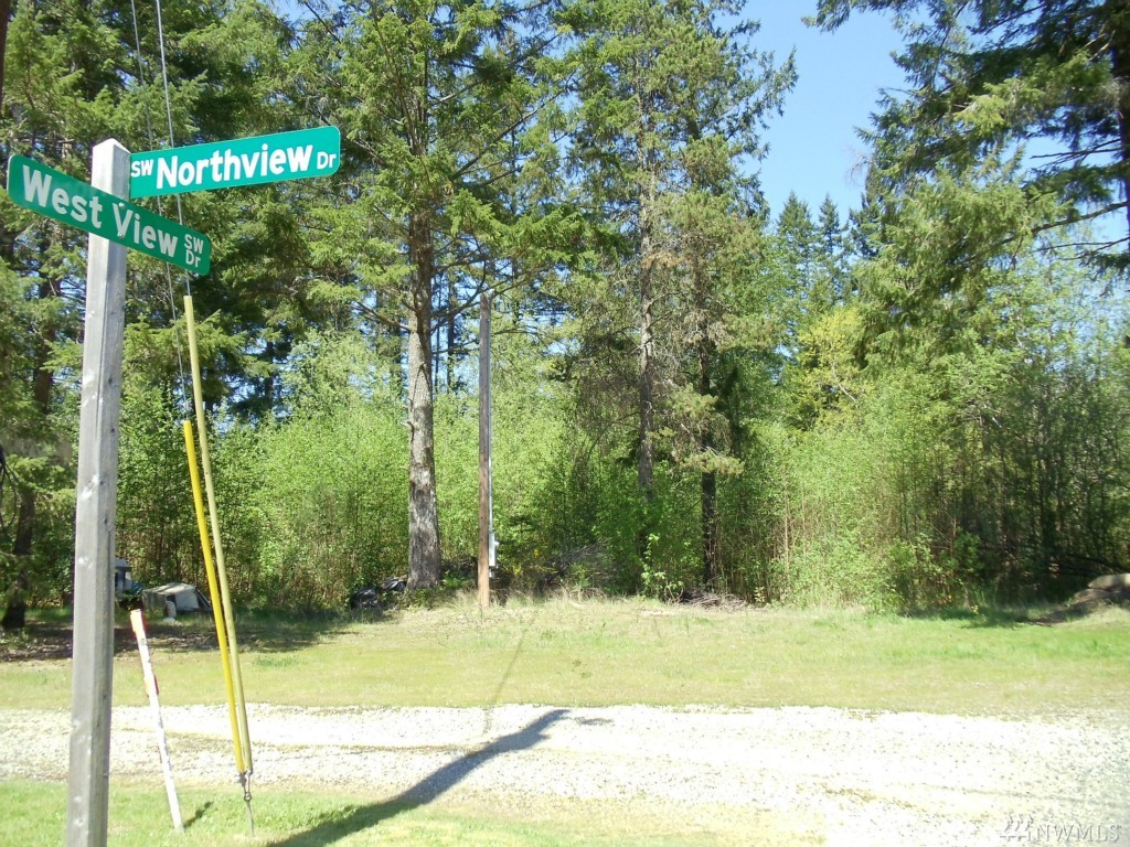 6 NorthView Dr SW, Port Orchard, WA 98367