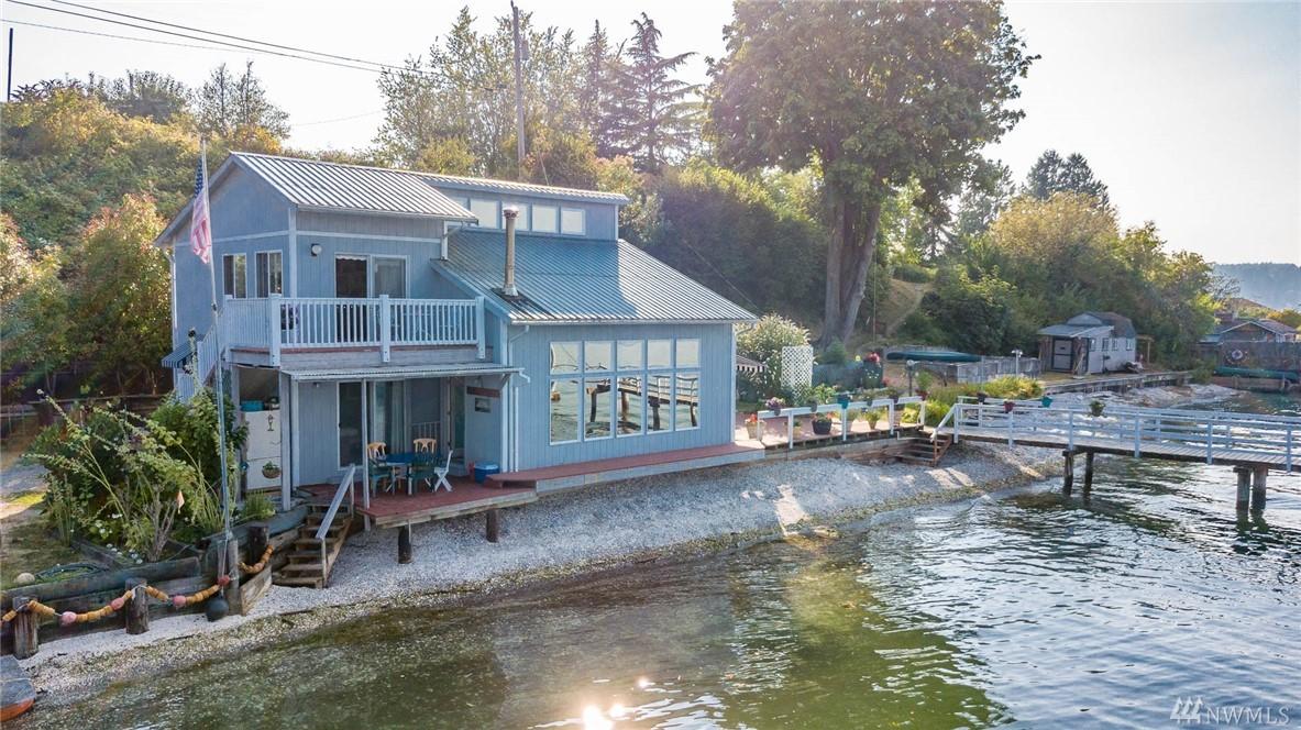 9820 SW Dock St, Vashon, WA 98070