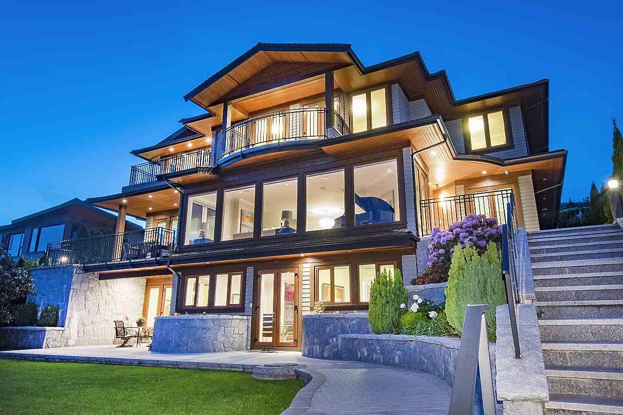 2295 OTTAWA AVENUE, West Vancouver, BC V7V 2S8