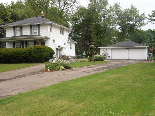 6621 COOLEY LAKE Road, West Bloomfield Twp, MI 48324