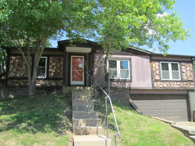 4635 Brennan Woods Drive, High Ridge, MO 63049
