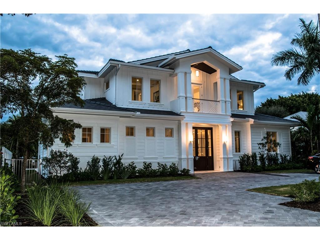 725 6th AVE N, NAPLES, FL 34102