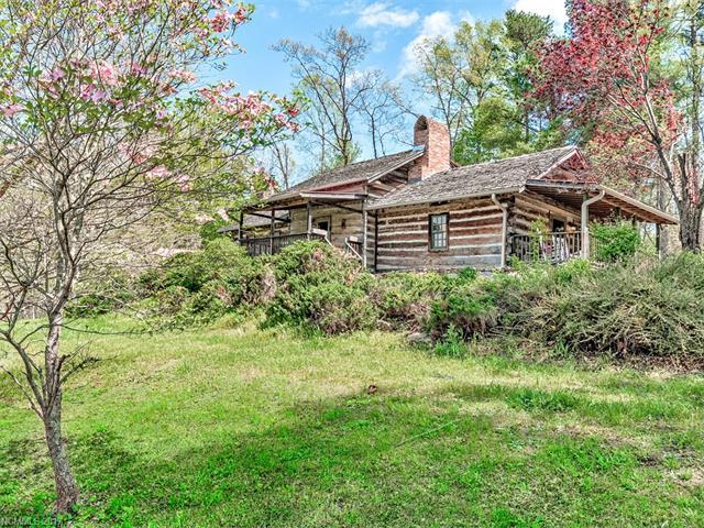 30 Wagon Mountain Drive, Weaverville, NC 28787