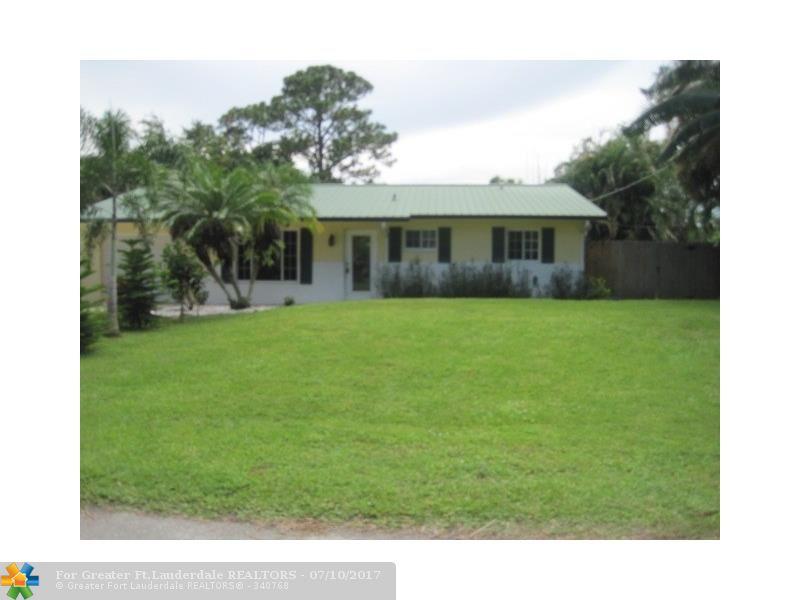 6280 SE Lake Circle, Stuart, FL 34997