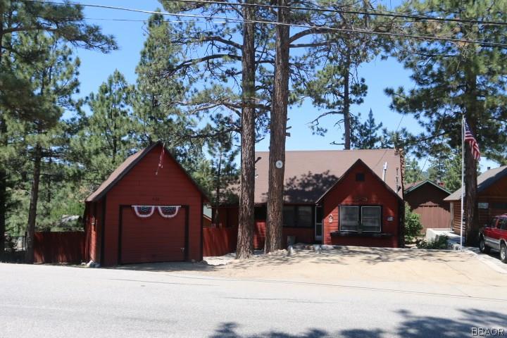 428 Vista Lane, Big Bear Lake, CA 92315