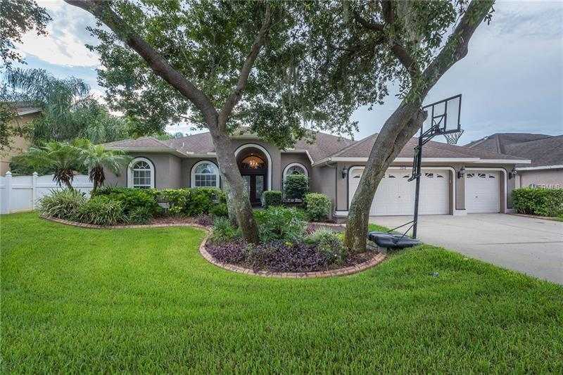 2848 MOSSY TIMBER TRAIL, VALRICO, FL 33594