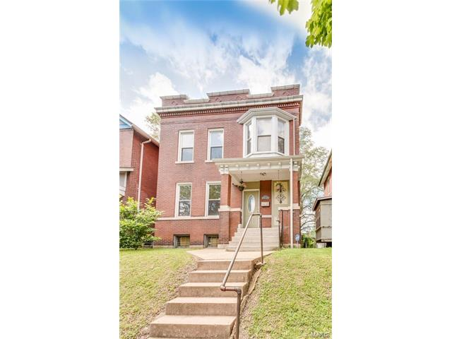 3136 Halliday Avenue, St Louis, MO 63118
