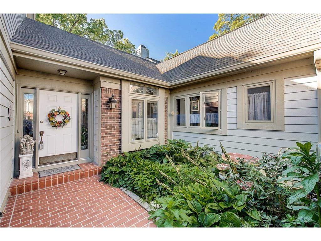 9273 Spring Forest Drive 9, Indianapolis, IN 46260