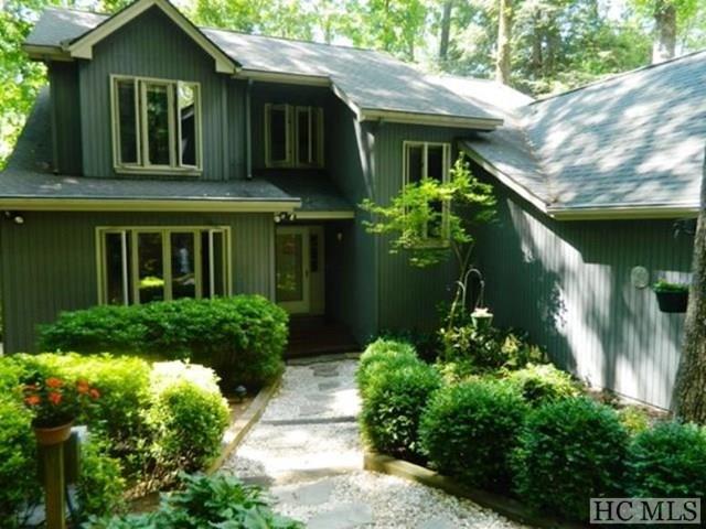 1647 Black Oak Drive, Sapphire, NC 28774