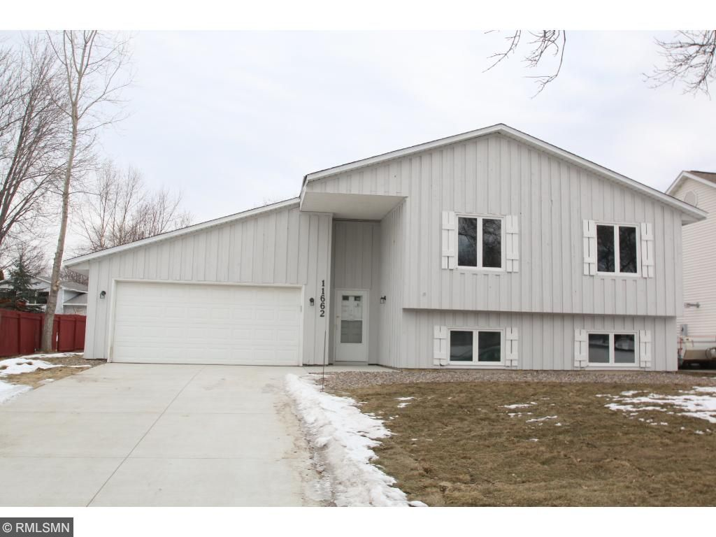 11662 99th Place N, Maple Grove, MN 55369