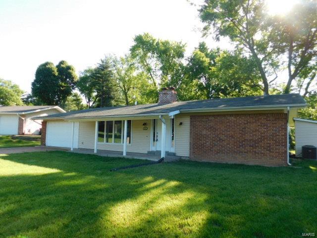 1620 Green Hill, St Louis, MO 63146
