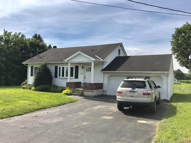 107 Cherry Hill Road, Bushkill Twp, PA 18064