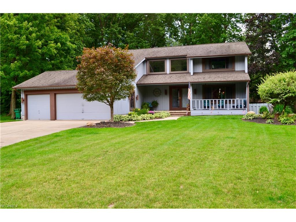 9136 Woodbury Ct, Mentor, OH 44060