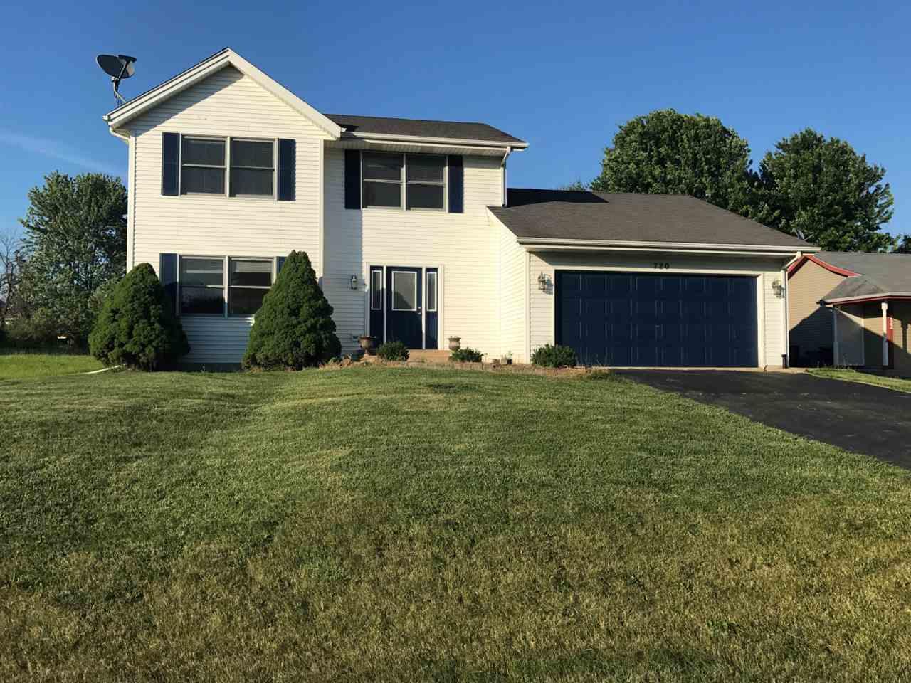 720 SW Marquette Drive, POPLAR GROVE, IL 61065