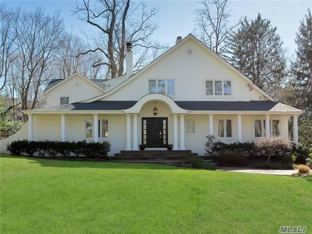 26 The Birches, Roslyn Estates, NY 11576