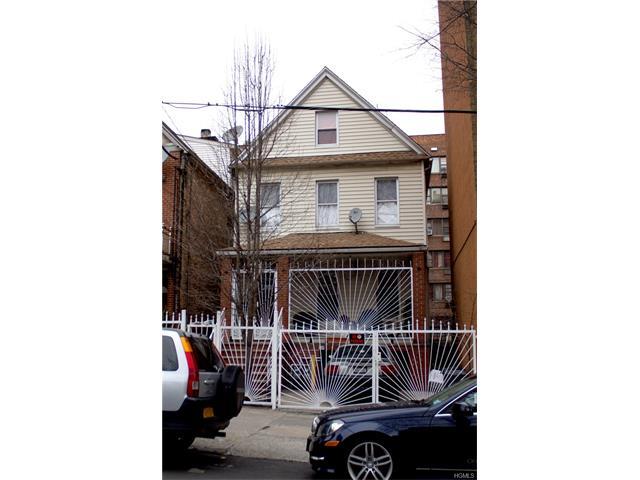 257 E 201st Street, Bronx, NY 10458