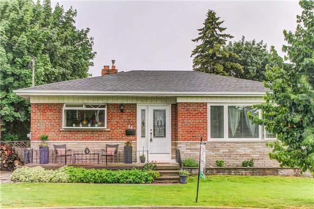 44 Andrew Ave, Toronto, ON M1M 3H2