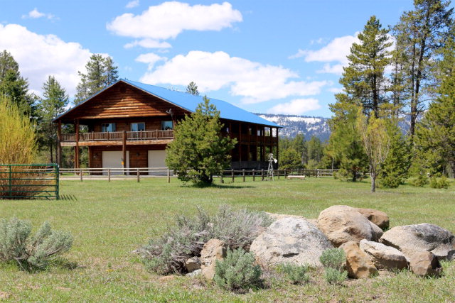 13282 Rainbow Road, Donnelly, ID 83638