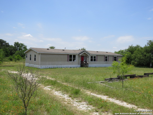 18826 COUNTY ROAD 5736, Castroville, TX 78009