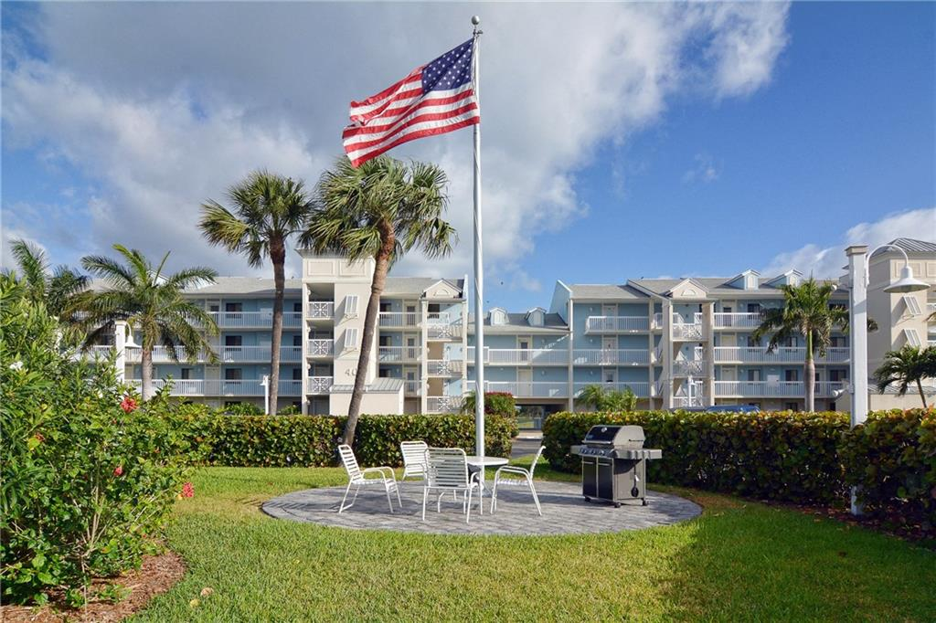 Immaculate, move-in condition two bedroom, 2 bath Penthouse condo in Indian River Plantation. Beautifully remodeled and fully furnished with Mexican tile throughout. Lovely views of the golf course and lake from the balcony and the Intracoastal from the front. Enjoy all the amenities available including heated pool, beach, golf, tennis, Tiki Hut, full service restaurant and shuttle service. There is a 28-day minimum rental period. Marriott Ocean Club website for golf /tennis - http://www.marriott.com/golf-hotels/pbiir-hutchinson-island-marriott-beach-resort-and-marina/the-ocean-club/5232560/home-page.mi
