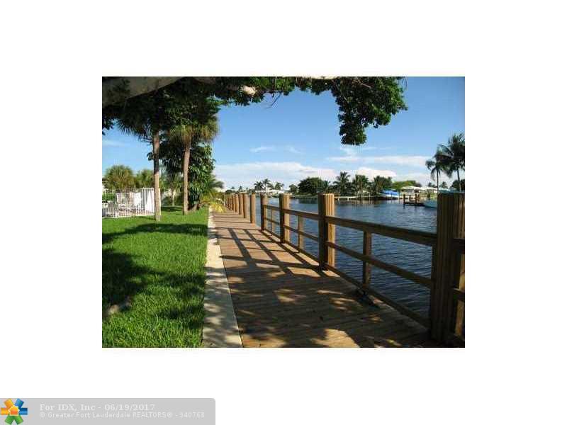 251 SE 6th Ave 13, Pompano Beach, FL 33060