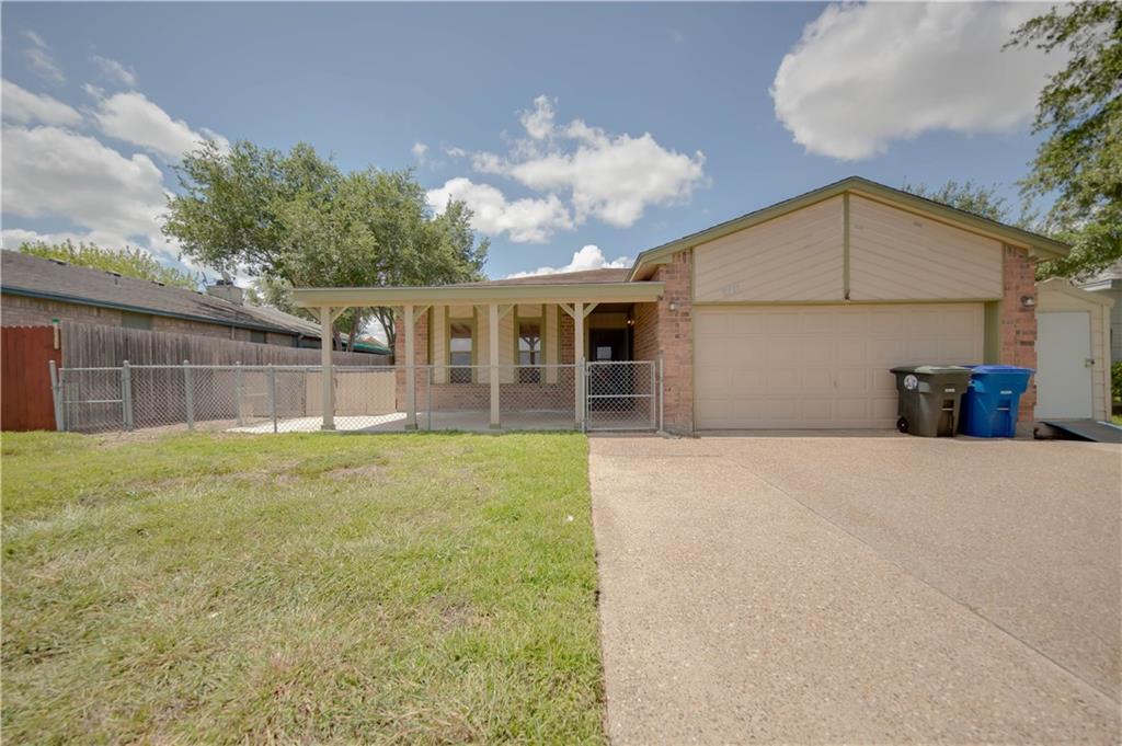 11417 Willowood Creek Dr, Corpus Christi, TX 78410