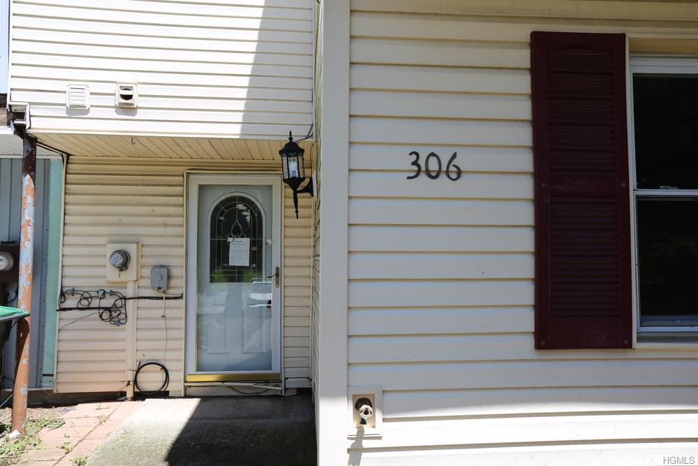 306 Saracino Drive, Maybrook, NY 12543