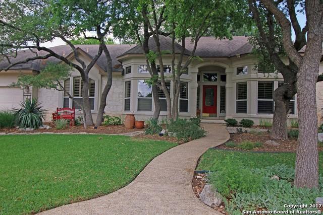 8526 FAIRWAY GREEN DR, Fair Oaks Ranch, TX 78015