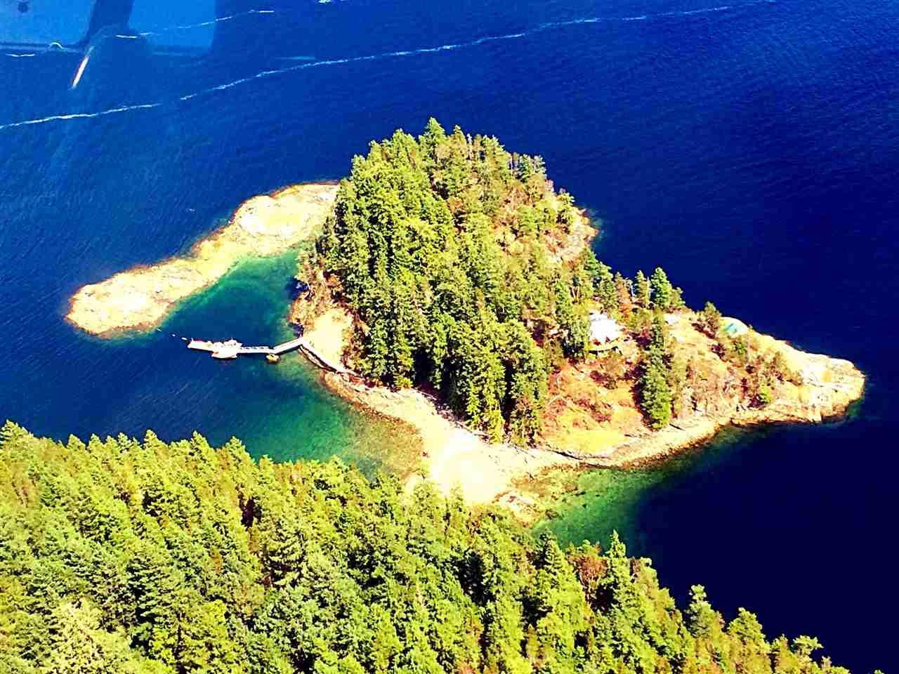 123 AGNEW PASSAGE, Nelson Island, BC V0N 1N0