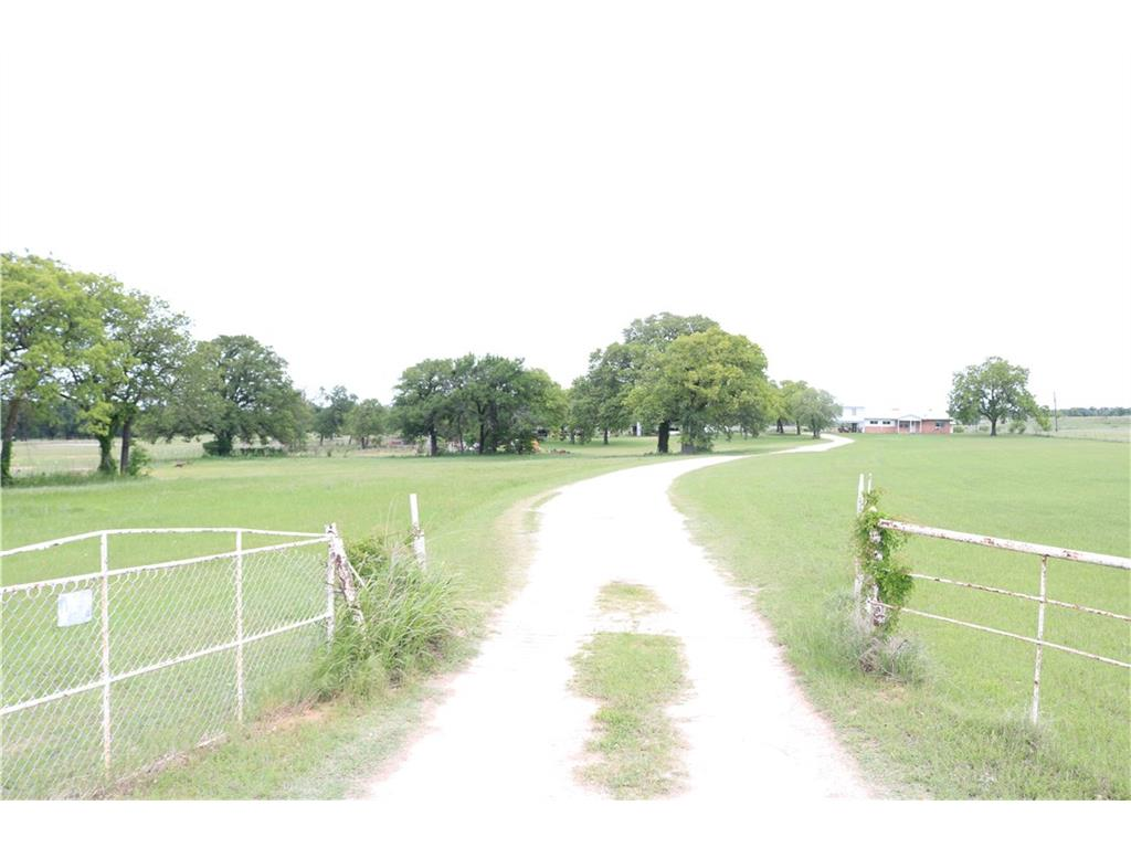 1529 County Road 430, Stephenville, TX 76401