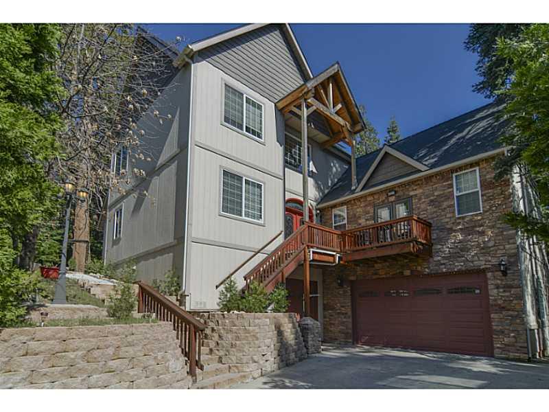 28955 POTOMAC DR, Lake Arrowhead, CA 92352