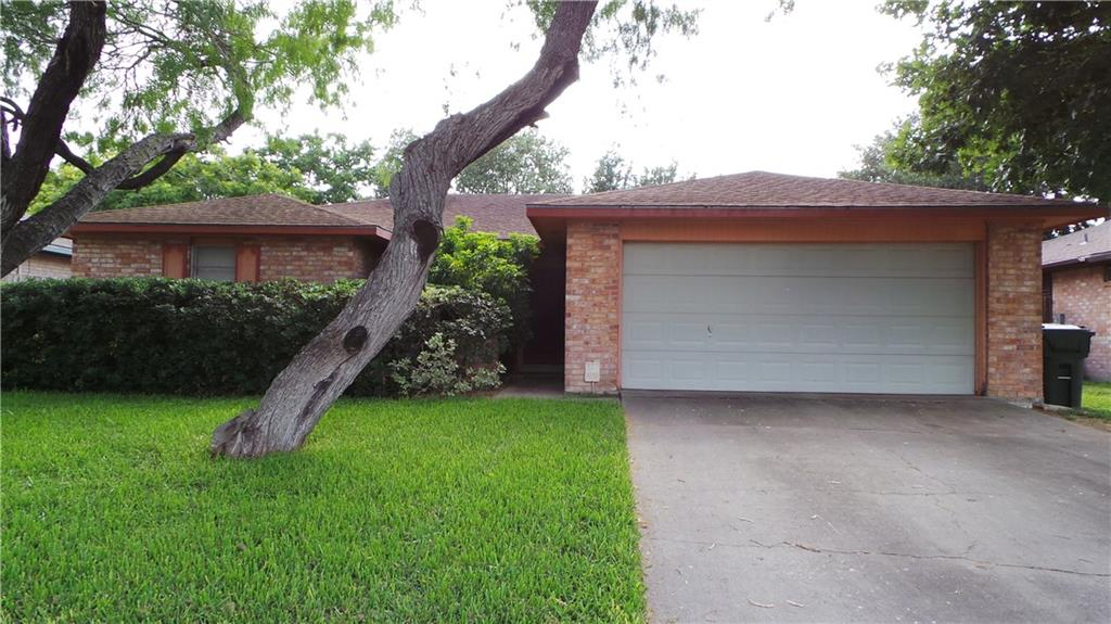 2741 Blue Grass Dr, Corpus Christi, TX 78410