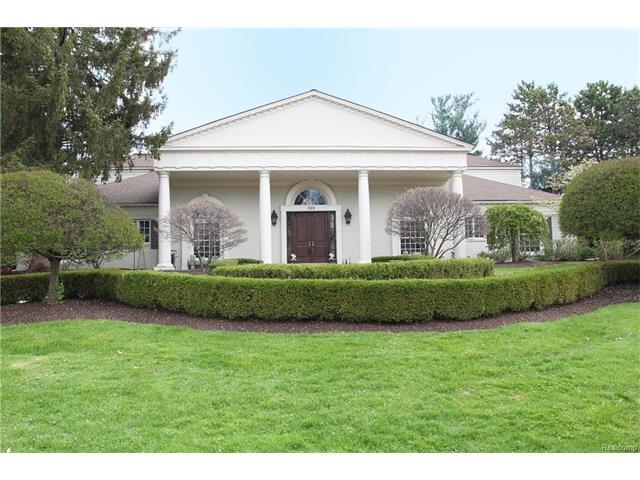 300 Nantucket DR, Bloomfield Hills, MI 48304