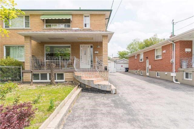 87 Habitant Dr, Toronto, ON M9M 2N7