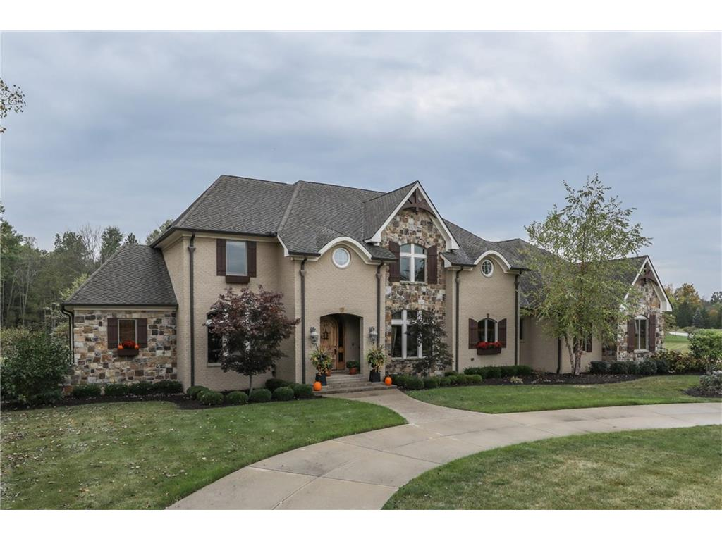 8401 Shannon Springs Drive, Zionsville, IN 46077