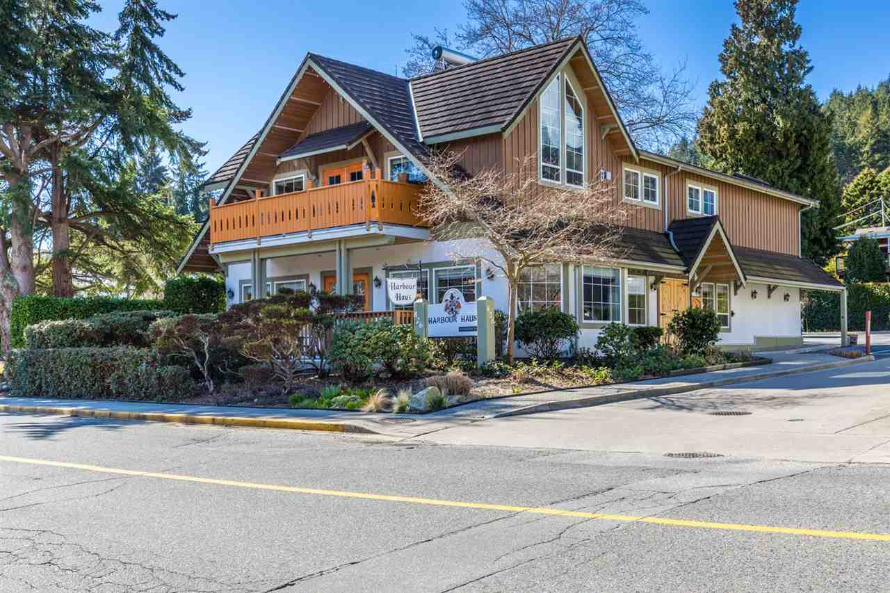426 GOWER POINT ROAD, Gibsons, BC V0N 1V0