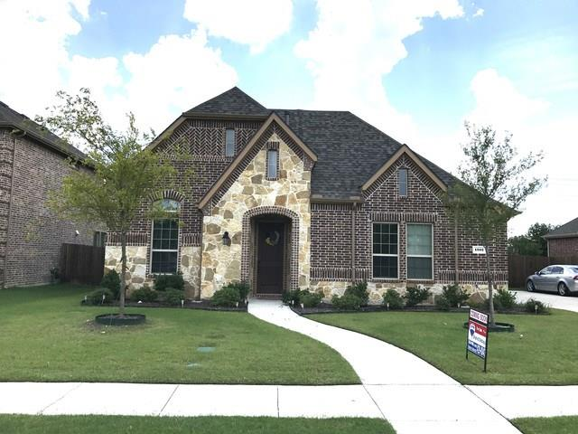1302 Oak Hill Lane, Murphy, TX 75094