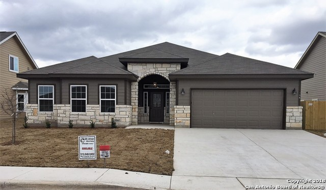 106 Lost Maples Way, Marion, TX 78124