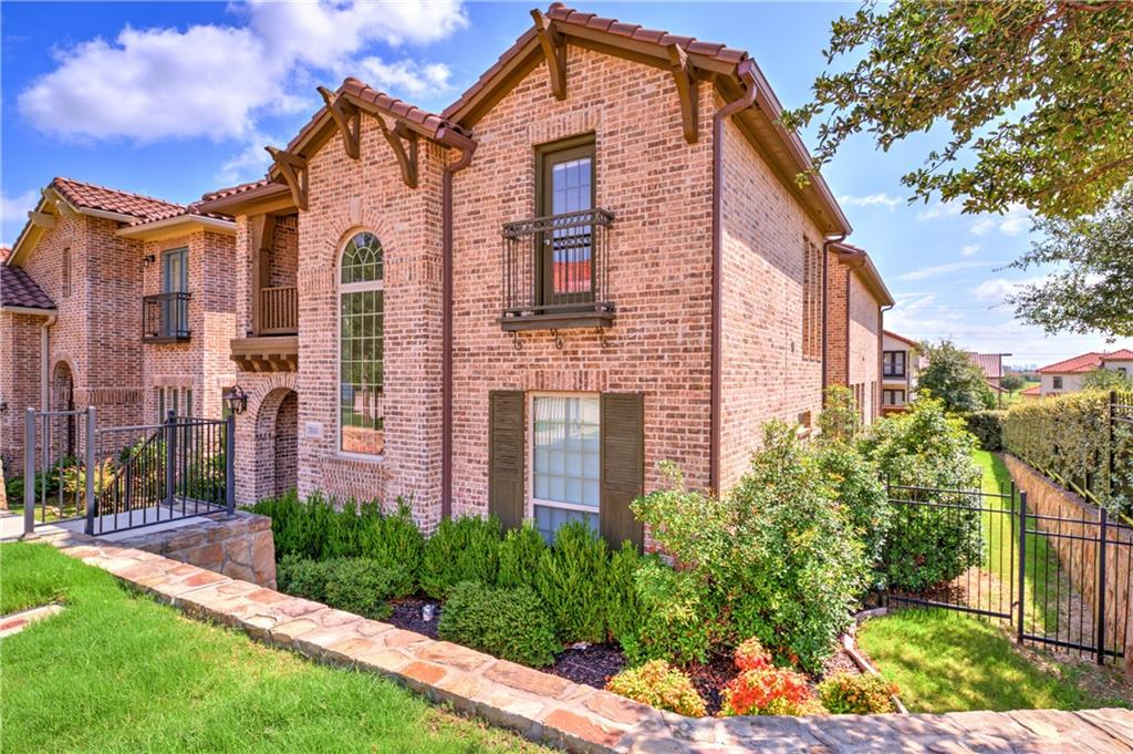 7004 Comal Drive, Irving, TX 75039