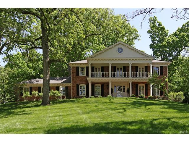 13303 Cross Land Drive, Town and Country, MO 63131