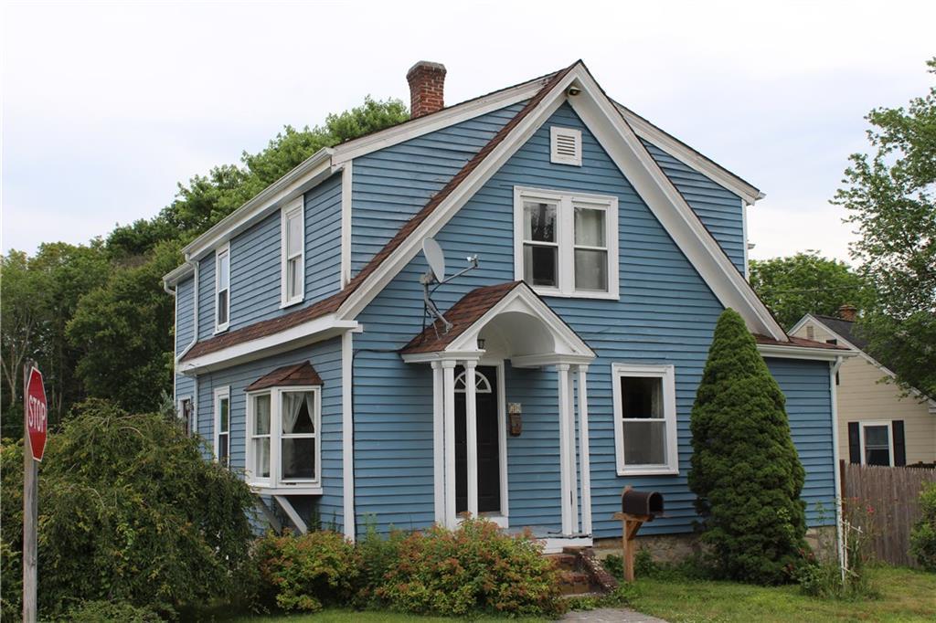 70 Bellevue AV, North Smithfield, RI 02896