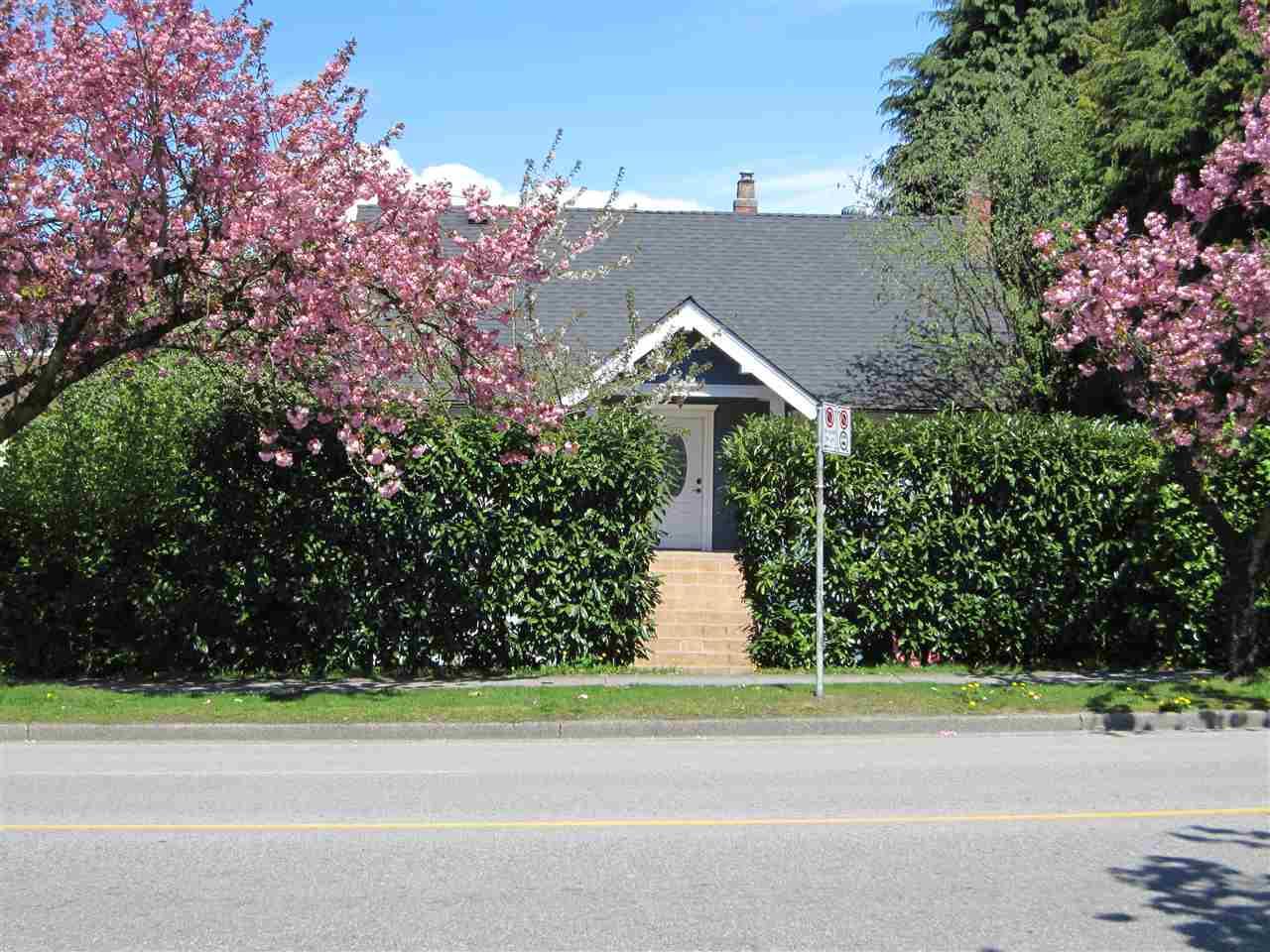 15 W KING EDWARD AVENUE, Vancouver, BC V5Y 2H6